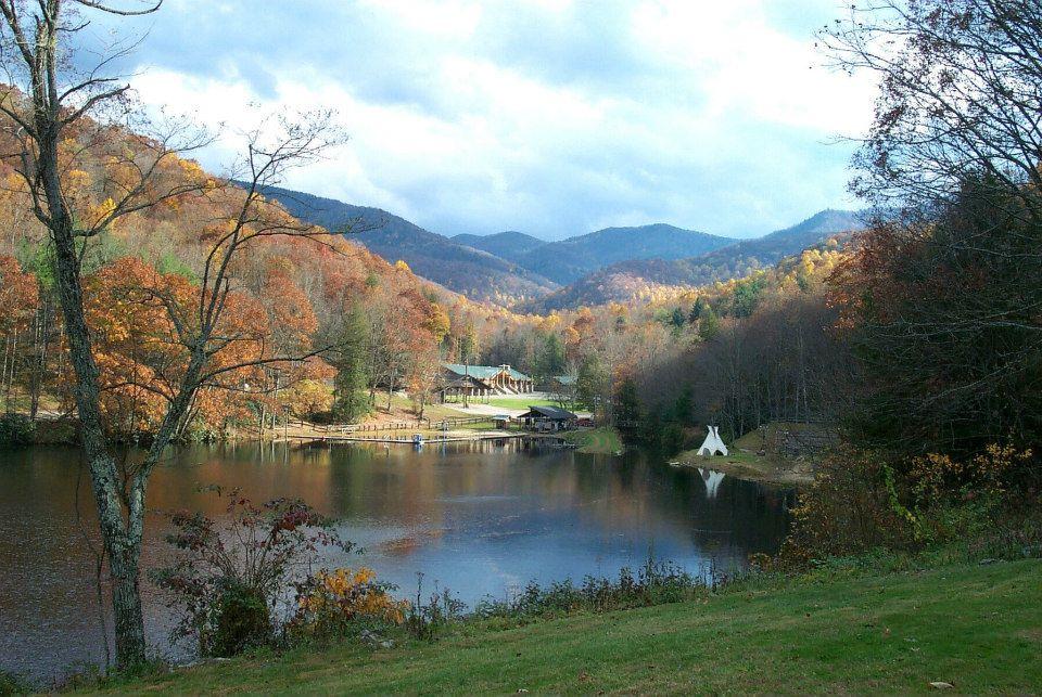 Carleton Collins - Ledbetter Lodge on the lake